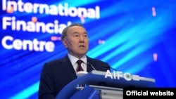Нурсултан Назарбаев на открытии МФЦ «Астана». 5 июля 2018 года.