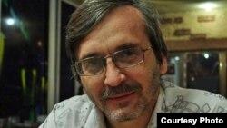 Independent journalist Sergei Naumov