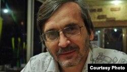 Урганчлик мустақил журналист Сергей Наумов.