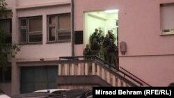 Specijalne policijske jedinice na biračkom mjestu u Stocu