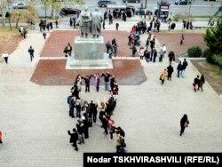 Gürcüstanda AIDS günü ilə bağlı aksiya