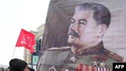 Генералиссимус Иосиф Сталин и сегодня популярен среди многих россиян