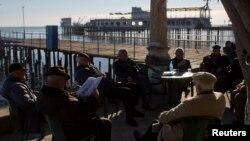 В разговорах сухумчане часто увязывали парижские теракты с гибелью за несколько дней до них российского самолета с туристами в небе над египетским Синаем