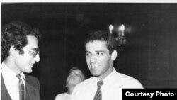Чемпион мира Гарри Каспаров (справа) и член его группы поддержки Рамис Юнус (слева)