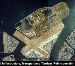 هاندا در سال ۱۹۳۱ راهاندازی شد و طی سالهای گذشته رشد کرد (تصویر هوایی از سال ۱۹۸۴)