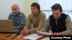 Антон Вантух (у цэнтры) з калегамі Антонам Астаповічам і Андрэем Лары