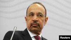 به گفته خالد الفالح، وزیر نفت عربستان، پایبندی ضعیف برخی اعضای اوپک به تعهد کاهش تولید در کاهش قیمتها موثر بوده است.
