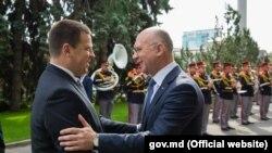 Premierii Estoniei şi R. Moldova Pavel Filip şi, respectiv, Jüri Ratas, la Chişinău