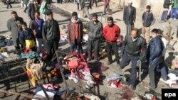 بمب گذاری کوفه ۳۴ کشته و ۵۸ زخمی در پی داشت.