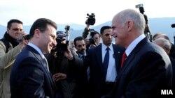 Kryeministri maqedonas, Nikolla Gruevski dhe homologu i tij grek, Jorgos Papandreu