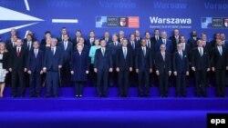 Участники саммита НАТО в Варшаве.