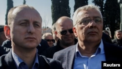Черногориядагы оппозиция лидерлери- Андрей Мандич менен Милан Кнежевич.