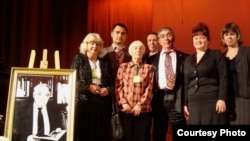 Лев Гумилевның 99 еллыгы уңаеннан үткәрелгән фәнни җыенда катнашучылар, 1 октябрь 2011