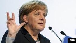 Angela Merkel la Forumul Economic de la Davos, ianuarie 2012