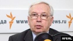 Владимир Лукин, уполномоченный по правам человека России.