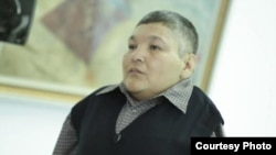 Казахстанский художник и активист антиядерного движения Карипбек Куюков.