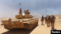 Իրաքի բանակի զինվորները պատրաստվում են Մոսուլի ազատագրման գործողությանը, 15-ը հունիսի, 2016թ․