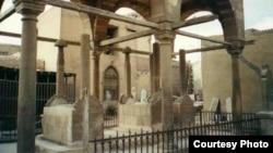 იბრაჰიმ ქათხოდას, ისმაილ ბეის და ალი ბეის საფლავები