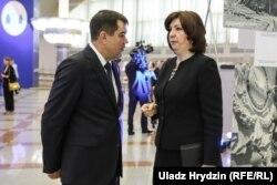Старшыня КДБ Валеры Вакульчык і Натальля Качанава, архіўнае фота