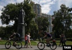 Парк Музеон, памятник Дзержинскому