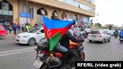 Baku: celebrări, după ce s-a anunțat cucerirea orașului Șuși din Nagorno-Karabah, 8 noiembrie 2020.