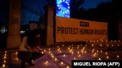 Acțiune Amnesty International la Porto, în ajunul summitului UE