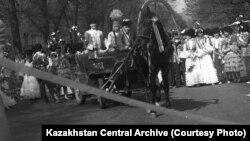 Празднование Наурыза. Алматы, 1988 год. Фото О.Ионова.