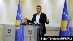 Kryetari i Partisë Demokratike të Kosovës, Kadri Veseli.