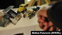 Izložba predmeta djece ubijene tokom opsade Sarajeva 1992. -1996., maj 2012.