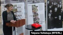 Выставка памяти жертв репрессий открылась в музее Ахматовой