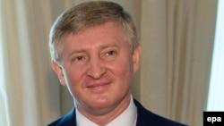 Рынат Ахметаў