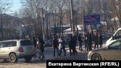 Акция протеста против сноса авторынка в Иркутске