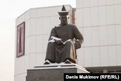 Памятник Буян-Бадыргы в Кызыле