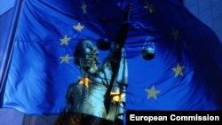Statuia Justiţiei din faţa Comisiei Europene, Bruxelles