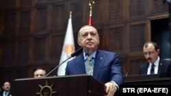 Președintele Recep Tayyip Erdogan vorbind în Parlamentul de la Ankara, 23 octombrie 2018.