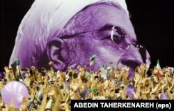 اجتماع هواداران حسن روحانی در تبلیغات انتخاباتی سال ۹۶