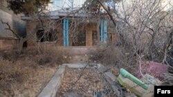 شماری از اهالی فرهنگ و هنر از شهردار تهران خواستهاند با خرید این خانه٬ آن را به خانهموزه تبدیل کند.