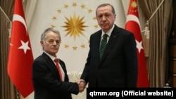 Архивное фото: Мустафа Джемилев и Реджеп Тайип Эрдоган