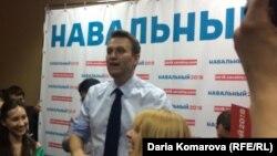 Алексей Навальный встречается с избирателями в Чебоксарах