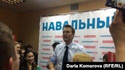 Алексей Навальный в штабе, архивное фото