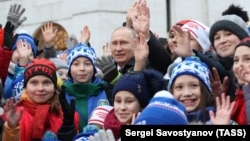 Владимир Путин с детьми