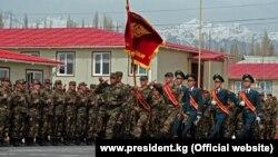 Кыргызские военнослужащие в Джалалабадской области.