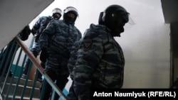 Во время обыска в офисе адвоката Эмиля Курбединова