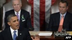 Барак Обама ҳини суханронӣ дар нишасти муштараки Сенат ва Конгресси Амрико.12-уми феврали соли 2013.