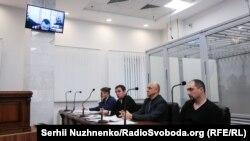 İstinaf mahkemesi sabıq Berkut hadimleriniñ apiske alınmasına qarşı şikâyetlerni baqa, Kyiv, 2019 senesi dekabrniñ 27-si