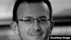 Сашко Јованов, НВО Македонска платформа против сиромаштија.