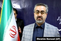 Iranian Health Ministry spokesman Kianush Jahanpur (file photo)