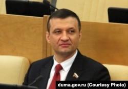 Кандидат в губернаторы Новосибирской области Дмитрий Савельев