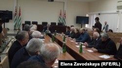 Президент Рауль Хаджимба положительно оценил работу Общественной палаты прошлого созыва