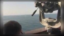 نزدیک شدن قایقهای تندرو سپاه پاسداران به یک ناو آمریکایی